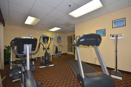 Holiday Inn Express Las Vegas Nellis: Fitness Center