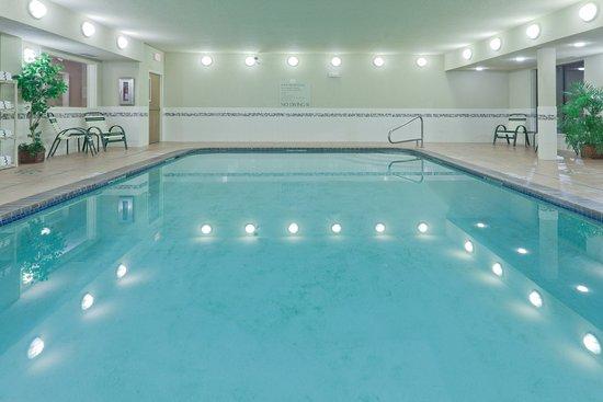 Holiday Inn Express: Swimming Pool