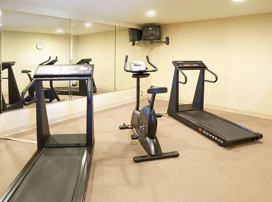 Holiday Inn Express Hotel & Suites: Fitness Center