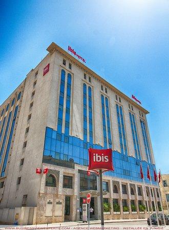 Ibis Tunis: Hotel front