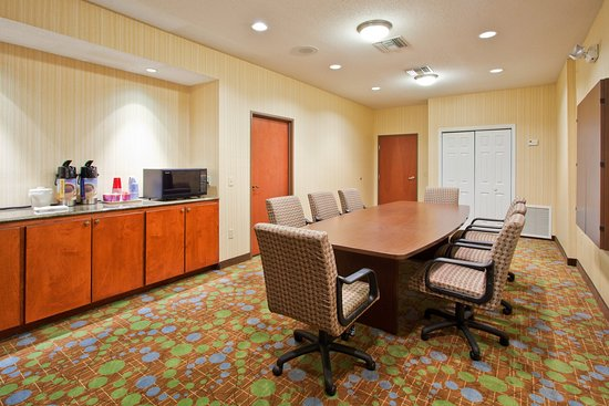 Holiday Inn Express Enterprise: Meeting Room