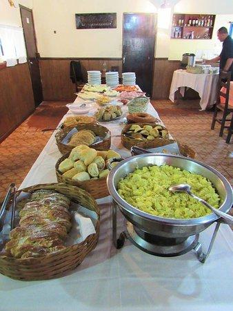 Hotel Fazenda Palmital: Café da manhã