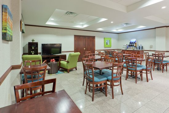 Newton Falls, Οχάιο: Enjoy our fast and convenient Express Breakfast Bar