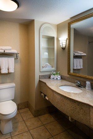 Spring City Inn: Guest Bathroom