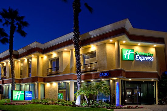 Holiday Inn Express Newport Beach: Beautiful Nights on West Coast Highway