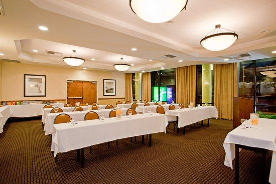 Holiday Inn Express Newport Beach: Meeting Room