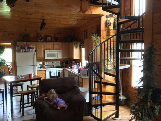 Big Bear Lodge and Resort: photo1.jpg