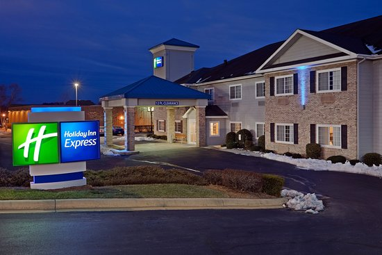 Holiday Inn Express Hendersonville Flat Rock: Hotel Exterior