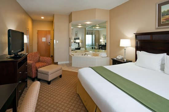 Hotels With Jacuzzi In Room Hendersonville Nc