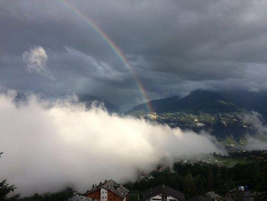 Crans-Montana, Suiza: Arc-en Crans Montana & Rainbow in Crans Montana