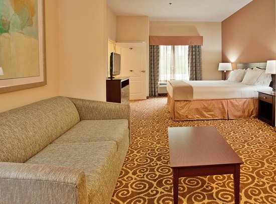 Holiday Inn Express Hotel & Suites Kansas City - Grandview : Suite