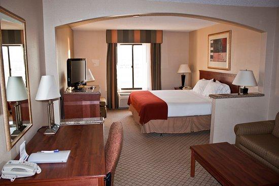 Holiday inn express hotel suites garden city bewertungen fotos preisvergleich ks for Holiday inn express garden city ks