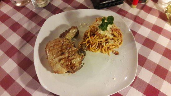 Pizza Casa Mia : Pork shop spaghetti bolognaise