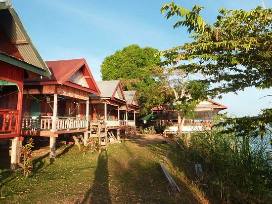 Mr. Phao's Riverview Guesthouse