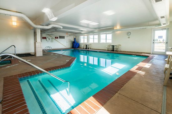 Quality Inn & Suites at Olympic National Park: Pool
