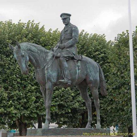Statue Equestre De Douglas Haig