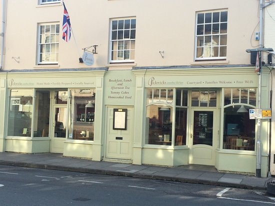 Pickwicks Country Kitchen : Our new frontage