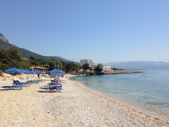Limnionas, Greece: Strand in 3 Gehminuten