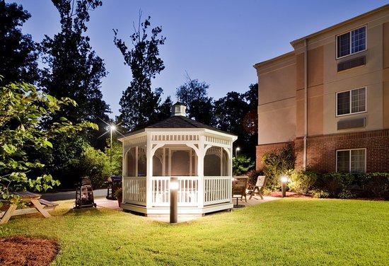 漢普頓燭木套房飯店照片