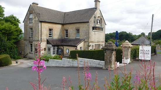 The Lamb Inn: THE PUB FROM THE ROAD