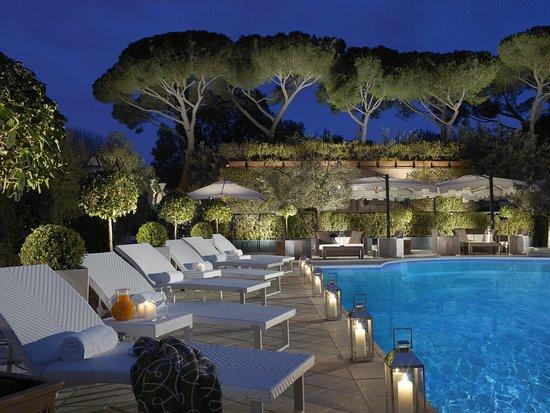 Parco dei Principi Grand Hotel & SPA: Outdoor Swimming Pool