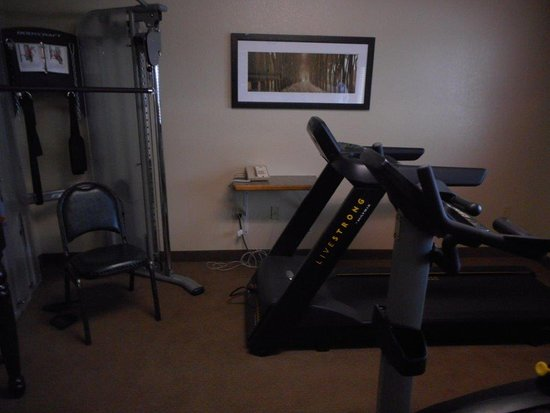 Roseau, MN: Exercise room