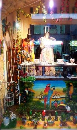 Florencia, Colombia: Vitrina de la tienda.