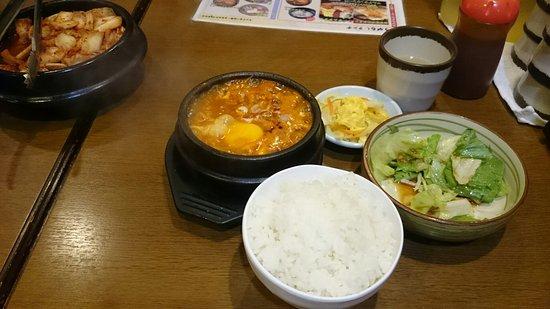 Togarashi Shinagawa ten: スンドゥブチゲ