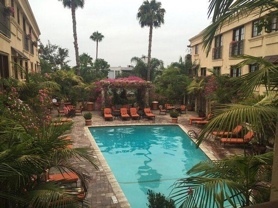 BEST WESTERN PLUS Sunset Plaza Hotel: photo1.jpg