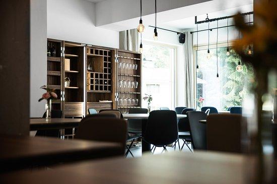 Hotel & Appartements Tiroler Buam : Mair's Wein.Bar/Koch.Schule