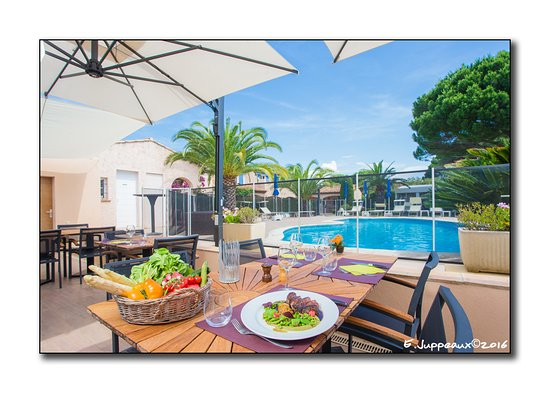 caf gourmand photo de le sarment de vigne sainte maxime tripadvisor. Black Bedroom Furniture Sets. Home Design Ideas