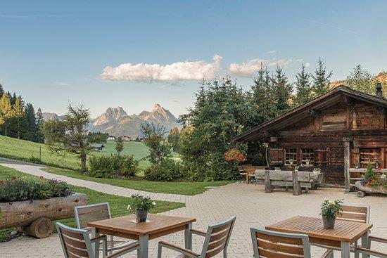 Romantik Hotel Hornberg: Blick von unserer Sonnen-Terrasse zum Hüttli.