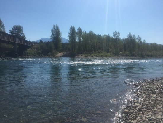 Columbia Falls, MT: Nearby river