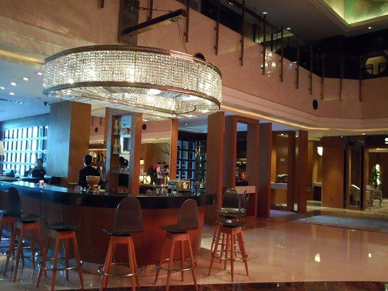 Grand Noble Hotel Photo