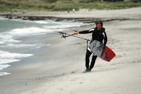 Haukeli, Norwegen: Participant on the kitesurfing course