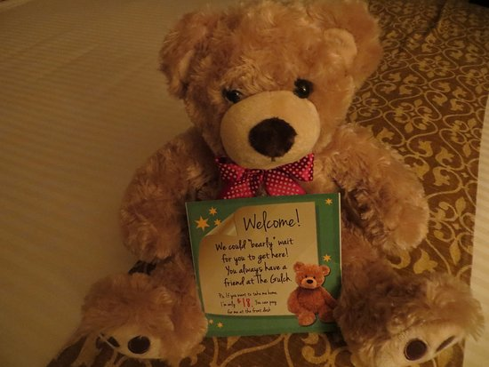Deadwood Gulch Gaming Resort : Welcome Bear