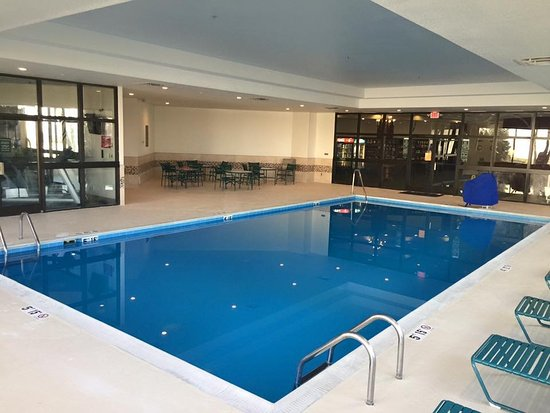 Piqua, OH: Heated indoor pool