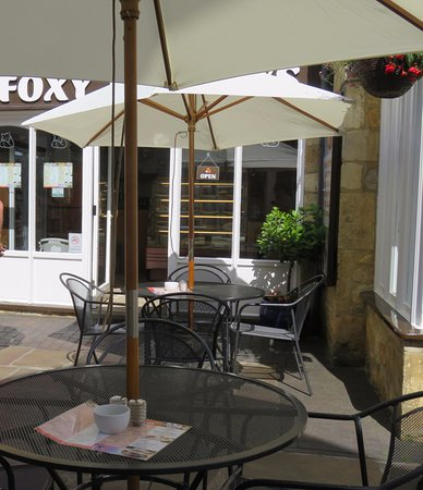 Foxy Browns: outside seating