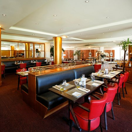 Radisson Blu Hotel, Paris Charles de Gaulle Airport: Terminal R restaurant