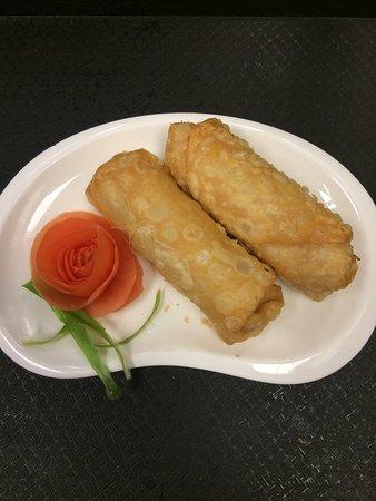 Muncy, Пенсильвания: Pork Egg Roll ~ 😊