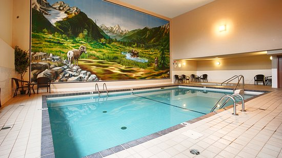 Best Western Plus Prestige Inn Radium Hot Springs: Indoor Pool