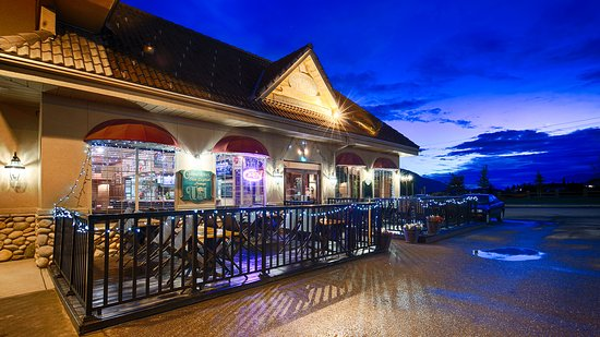 Best Western Plus Prestige Inn Radium Hot Springs: On-site Restaurant