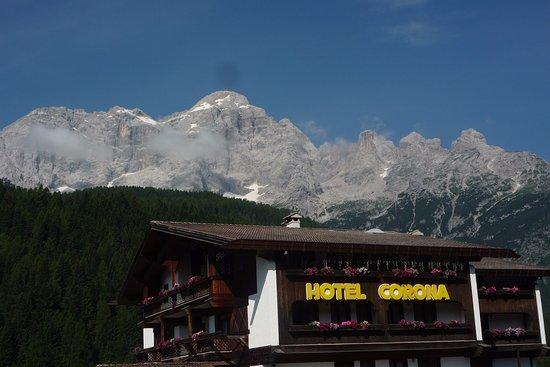 Corona Hotel: Vista sul Civetta