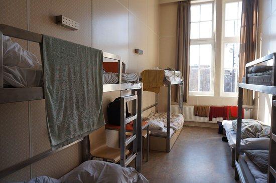 Stayokay Hostel Amsterdam Zeeburg: inside the room
