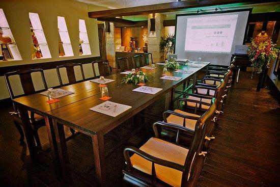 The Tongsai Bay: Meeting Room