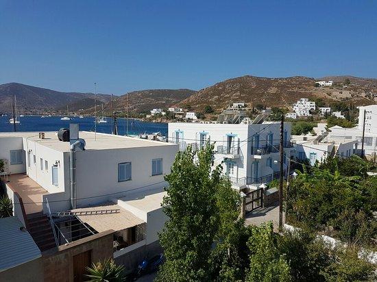 Grikos Hotel: 20160803_095701_large.jpg