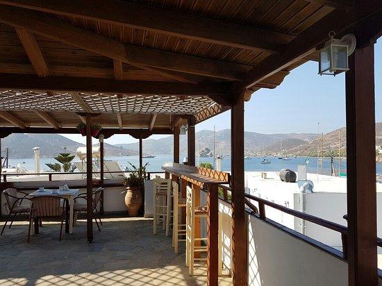 Grikos Hotel: 20160802_091913_large.jpg
