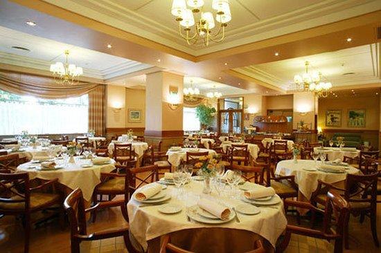 Hotel Blanca de Navarra: Dining