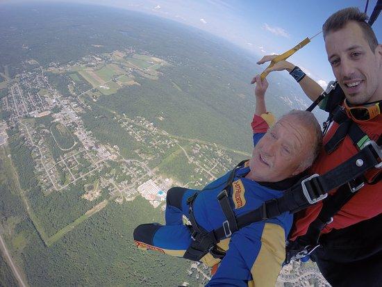 parachutisme adrenaline 881 rue lamontagne saint-jerome