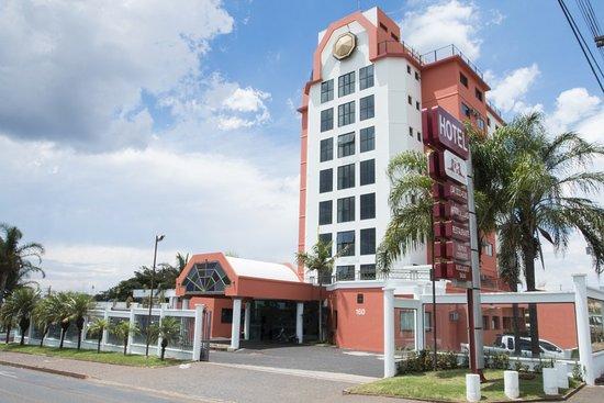 Carlton Plaza Hotel